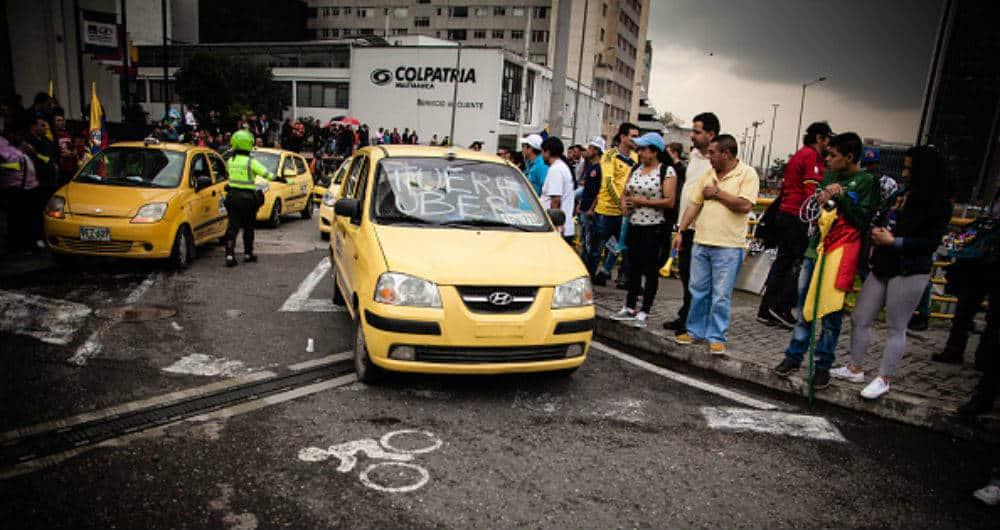 Sancionan a Smart Taxi y Udrive Colombia por $516 millones