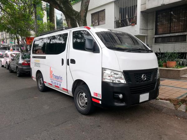 transporte especial de pasajeros en micro3
